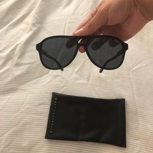 Quay Matte Black Magnetic Polarized Sunglasses